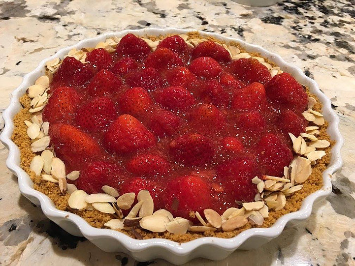 LOVE this Strawberry Almond Cream Tart